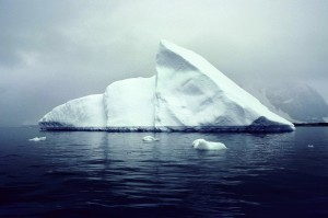 Lim, Yong Kyun写真展「消失する氷山:南極2008」