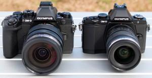左E-M1、右E-M5(デジカメWatch)