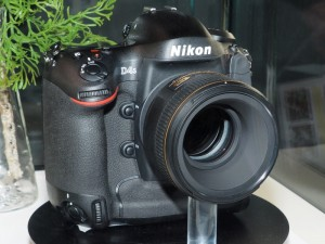 Nikon D4S(デジカメWatch)