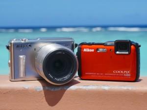 Nikon 1 AW1シルバー、COOLPIX AW120サンシャインオレンジ(デジカメWatch)