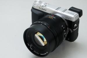 パナソニック「LEICA DG NOCTICRON 42.5mm:F1.2」(ITmedia)