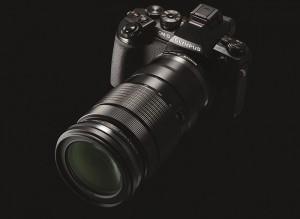 オリンパス「40-150mm F2.8」