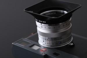 カールツァイス ビオゴン28mm F2.8。