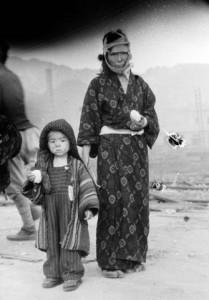 長崎,1945年8月10日 撮影:山端庸介