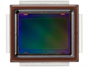 APS-Hで2億5,000万画素のCMOSセンサー