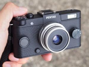 FUJINON 13mm F1.1をPENTAX Q-S1に装着