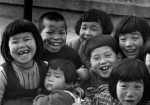昭和のこども-どんな時にも笑顔があった!