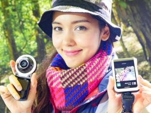 フリースタイルカメラ「EX-FR100」