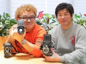 写真家の藤里一郎さん(左)とROUTE 6×6部長の高野浩一さん(右)